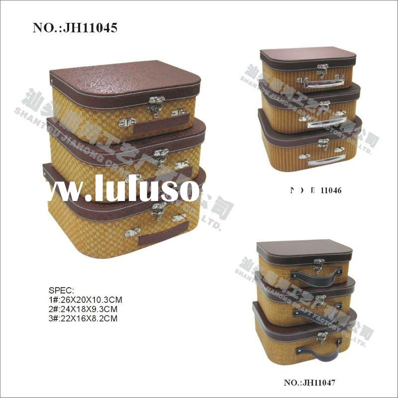 2012 paper suitcase with handle