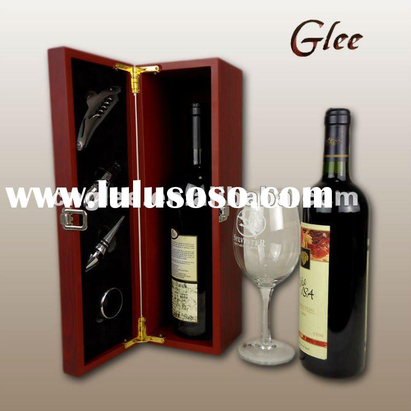 accessories with wooden wine set box