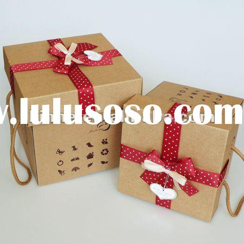 Attractive handle box paper gift packing box