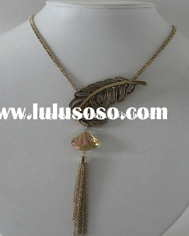 beautiful gold plating alloy leaf pendant with chain necklace jewelry