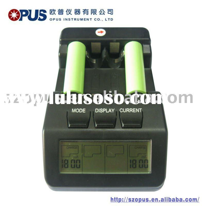 AA/AAA Ni-MH/Ni-CD intelligent rechargeable battery charger with LCD display