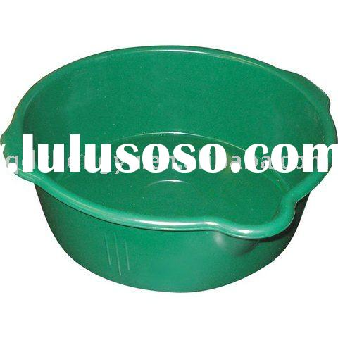 plastic horse feed tub