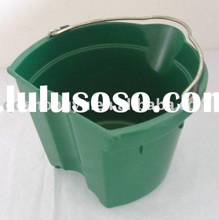 horse feed flat back buckets