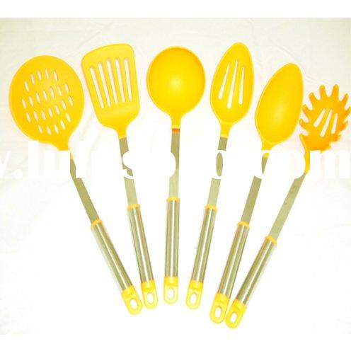 Craft Silicone Kitchen Ware Suitable for Pancake Batters, Cream Mixes, Sauces and Soups