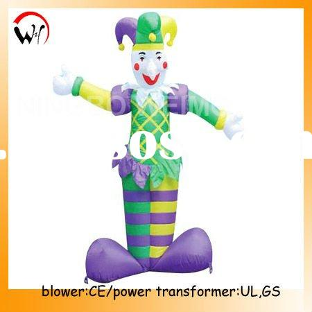Holiday inflatable clown