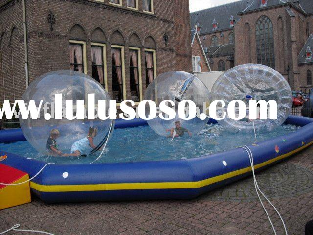 swimming pool with inflatable aqua ball