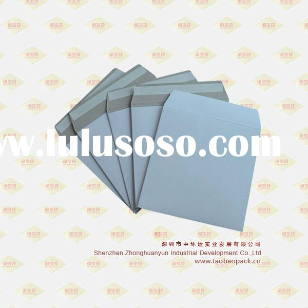 Co-extruded film bubble mailer