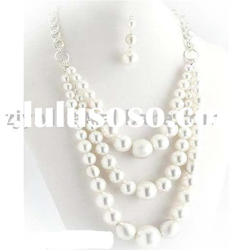 3ROW WHITE PEARL NECKLACE SET COSTUME JEWELRY