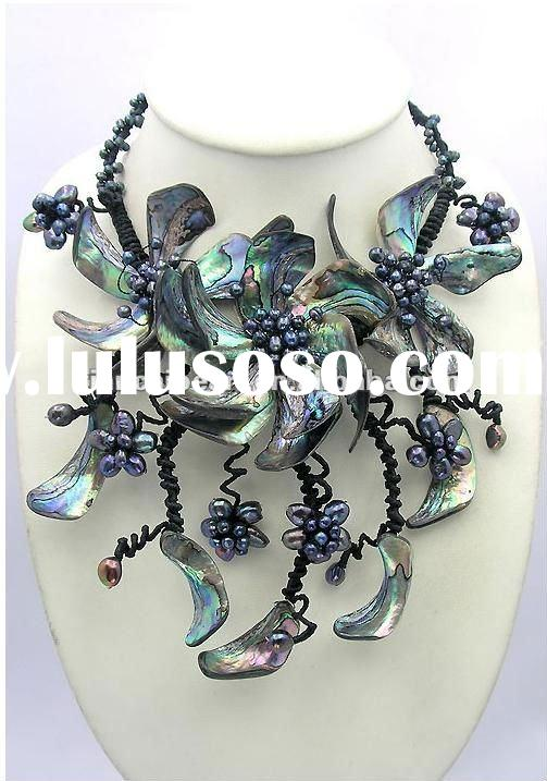 Paua Abalone Shell Black Freshwater Pearl Flower Necklace/Earrings Set