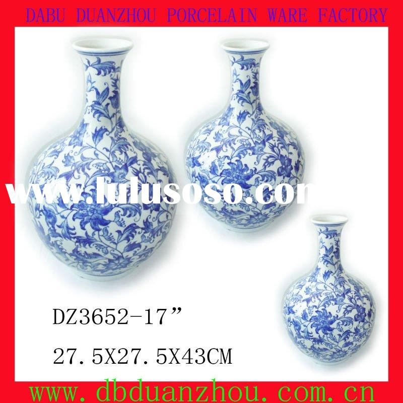 chinese style blue and white porcelain vase