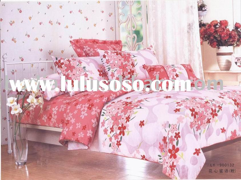 comforter,Bedding set,pillow,bedspread,bed sheet,cushion,quilt cover,neck roll