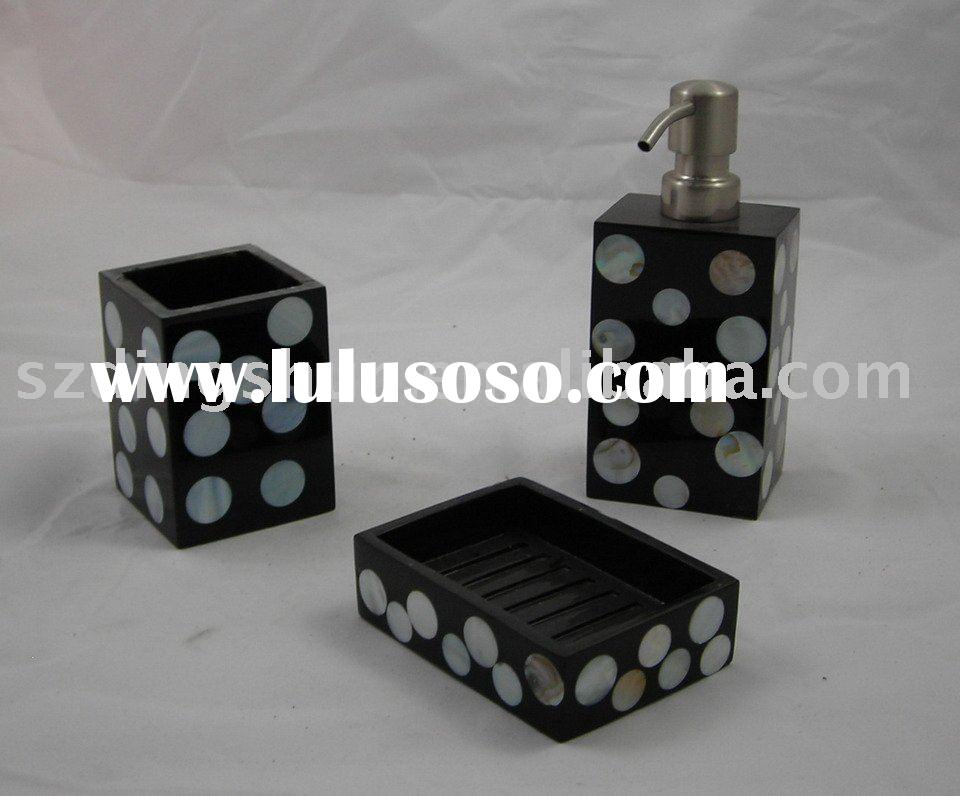 Black and White Shell Polyresin Bathroom Accessories