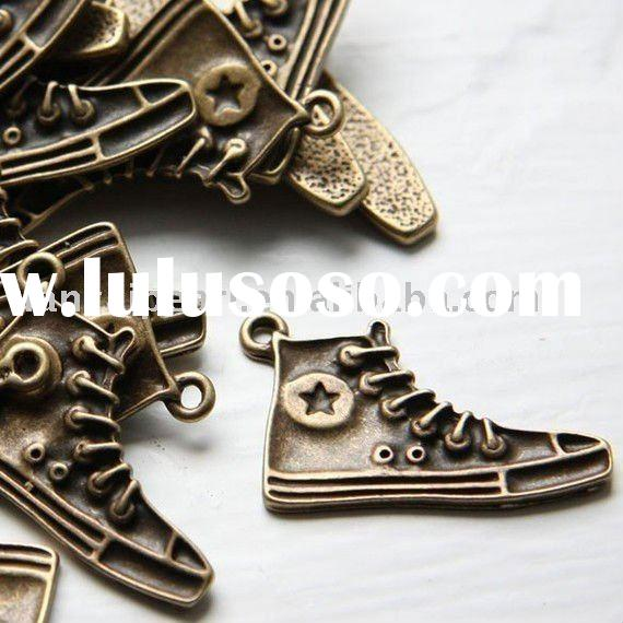 Bronze Antique Brass Tone Base Metal Charms- Shoe 31x20mm Jewelry Findings Jewelry Accessories Nicke