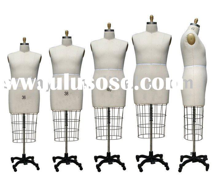 Cutting mannequin with adjustable base