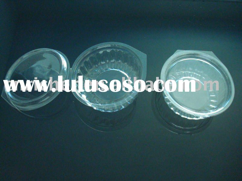Disposable plastic container with lid for food packaging