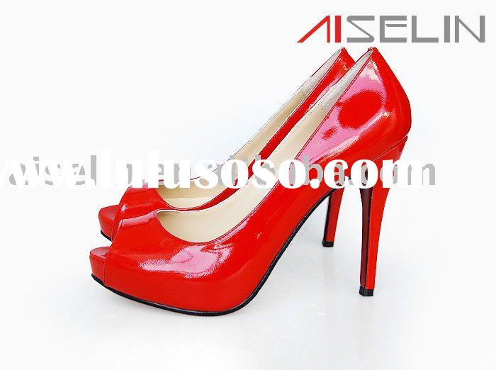 ladies dress shoes in red with peep toe
