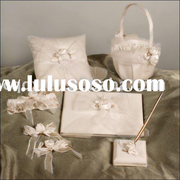 2011 wedding collection set/Cream color wedding guest book/ Double Rings wedding gift/Wedding Decora