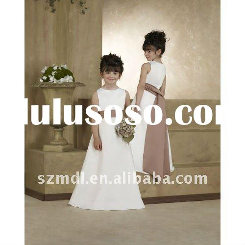 Concise pretty sleeveless with sash long flower girl dress