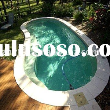 Curved fiberglass swimming pool