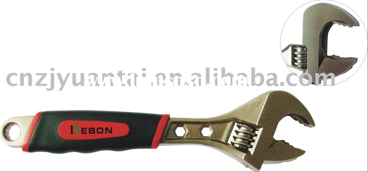 DB1300 Ratcheting Adjustable Wrench