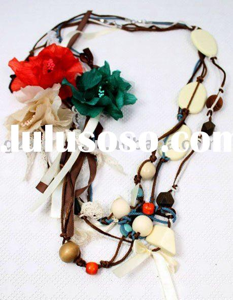 Fashion Long Flower Necklace Accessories of Custom Jewelry for Matching Clothes Apparel
