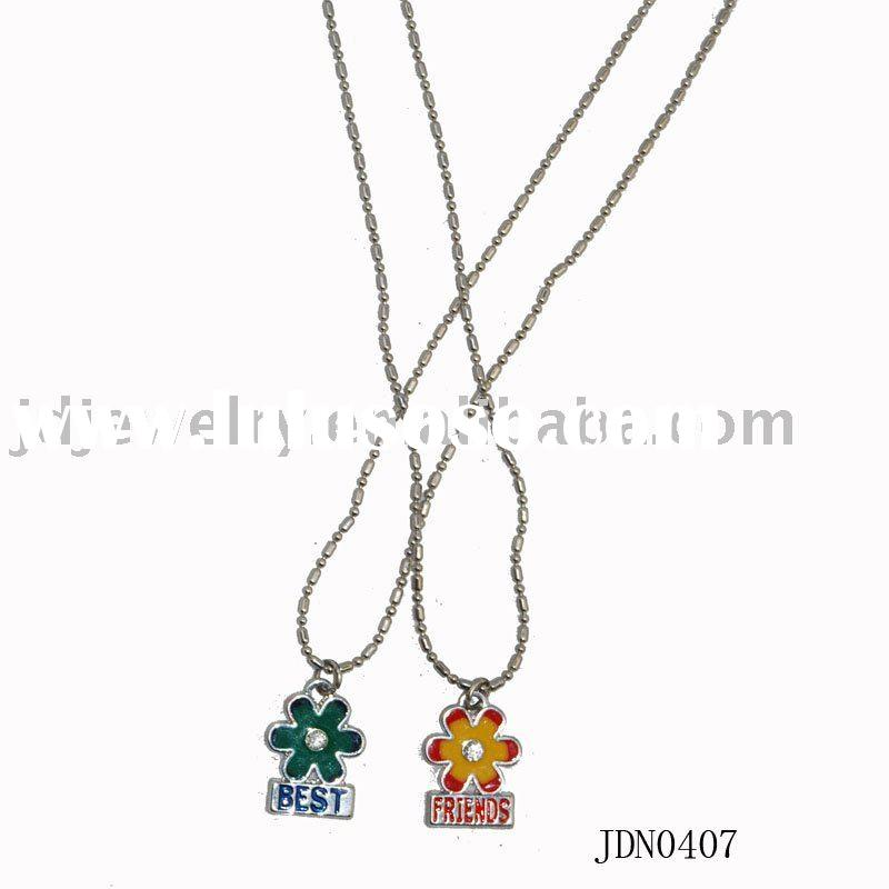 Fashion best friends necklace