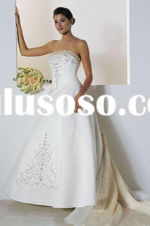 Gold Trim WD111 Vintage Wedding Dress