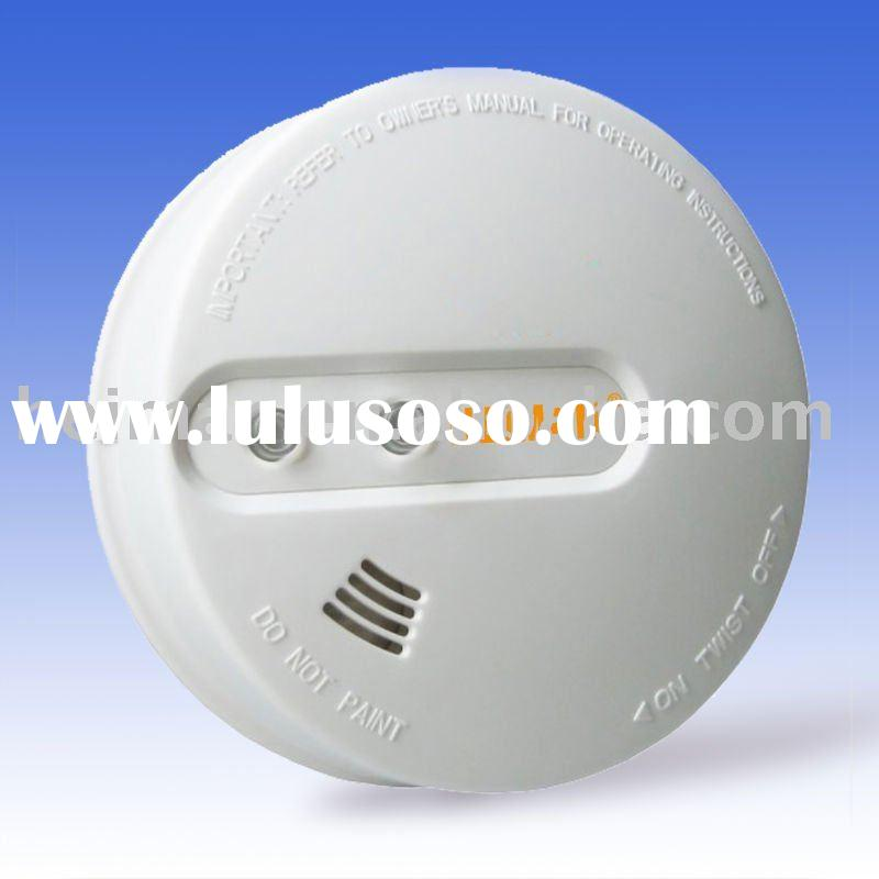HOT ! Dual-voltage Smoke alarm (AC power supply with 9V backup battery)