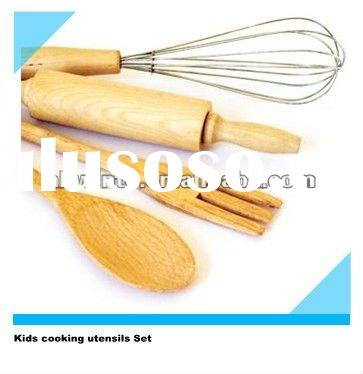 Kids cooking utensils set