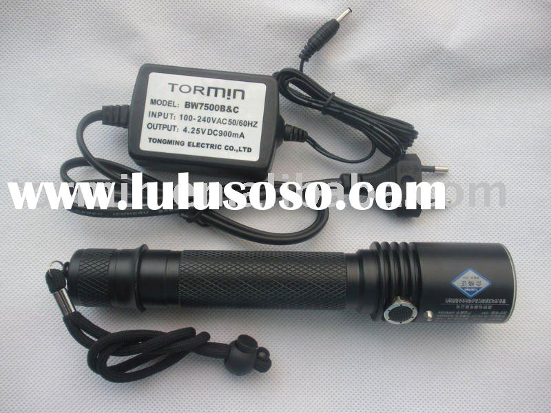 Rechargeable CREE LED Police Flashlight/tactical led flashlight/super bright led flashlight