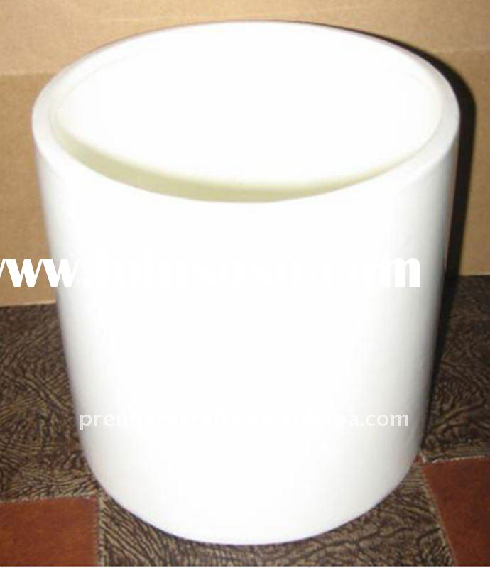 White Ceramic Flower Pots