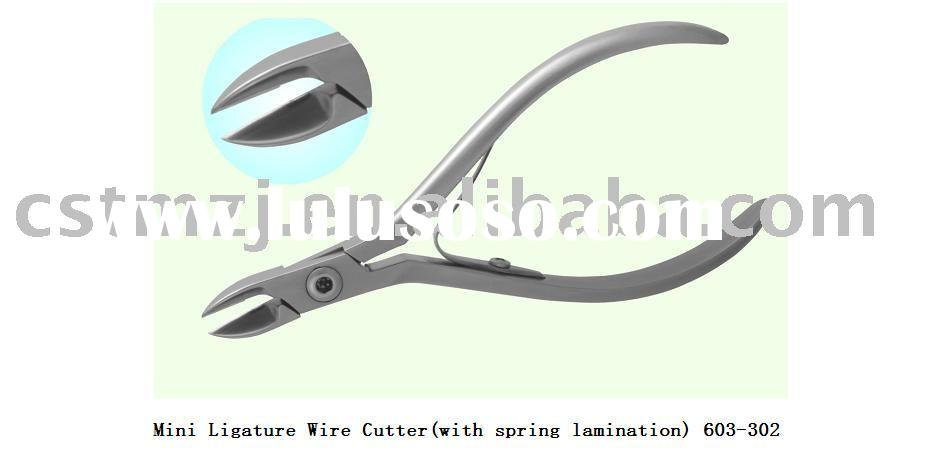 orthodontic plier / Mini Ligature Wire Cutter (with spring lamination) / dental plier