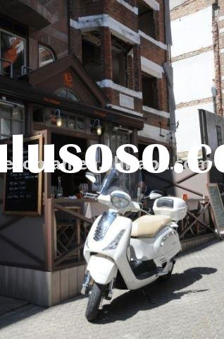 vespa or retro 2000W electric scooter with EEC of 25kmh or 45kmh, Silicon or Lithium battery