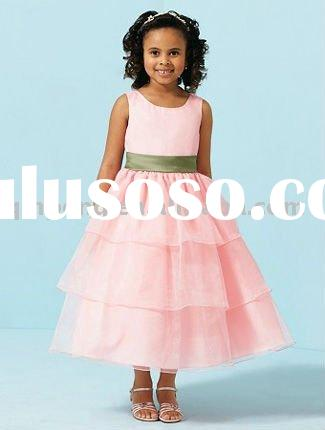 2011 new design little queen flower girl dress.