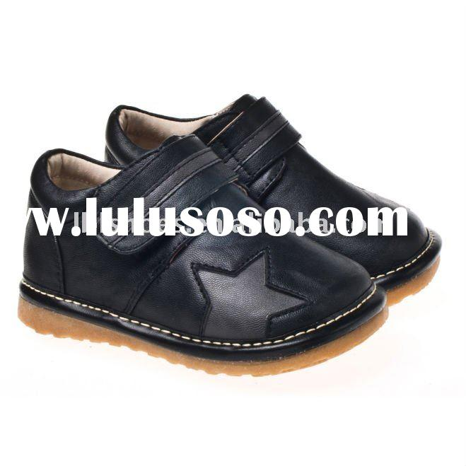 Boys leather squeaky shoes, toddler shoes in black with star