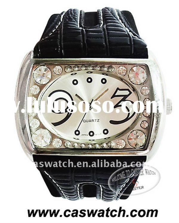 Double layer wide leather band precious watch