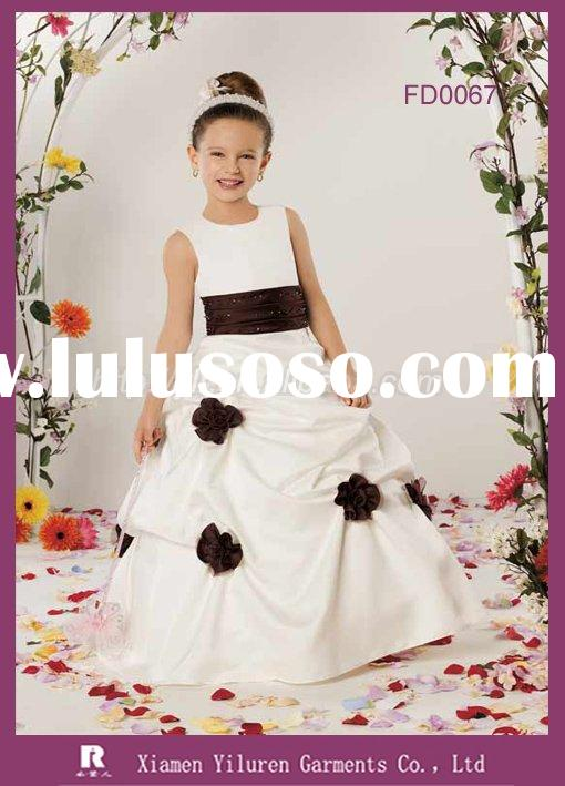 FD0067 - 2010 Newest style Designer Fashion Sleeveless Ball Gown Children Flower Girl Dresses
