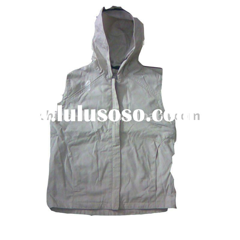 Girl's hooded vest