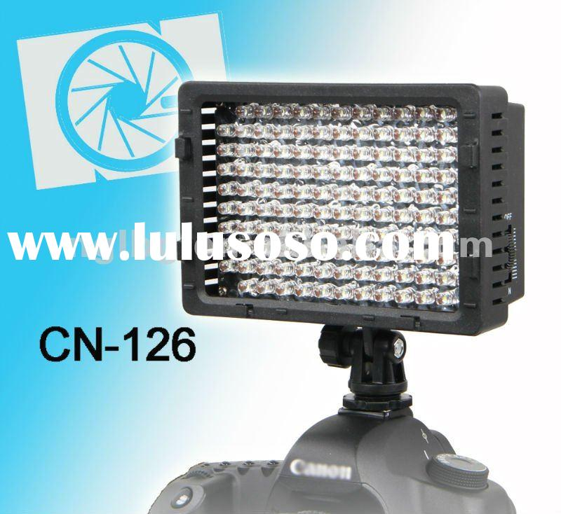 NanGuang CN-126 On camera LED light video light