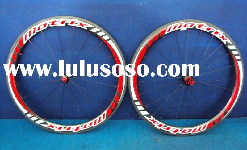 Road bike wheel set
