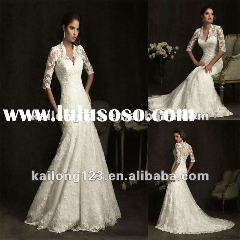 Royal V-neck Slim A-line Lace Long Sleeve Wedding Gowns
