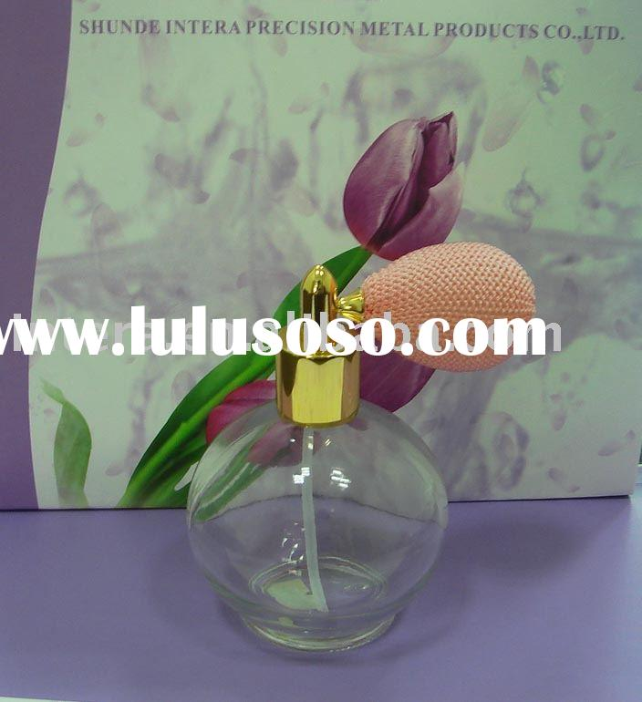 Simple Glass Perfume Bottle w Atomizer