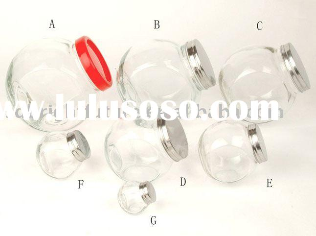 different sizes glass spice jars with different lids