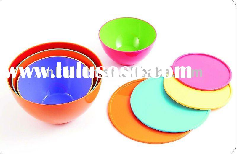 plastic bowl with lid