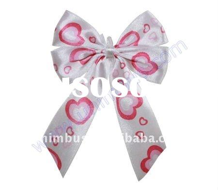 white pre-tied satin ribbon twist tie bow with printed red heart,valentine gift packaging decoration