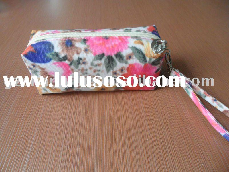 zipper flower pattern clear vinyl cosmetic bags with flower printing