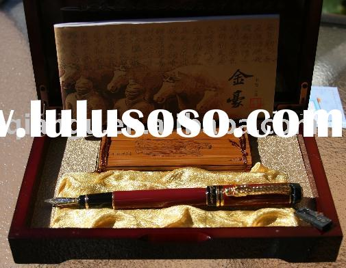 CEO Top Grade Fountain Pen: Complete with Deluxe Wooden Presentation Box.
