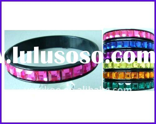 Fashion Single Line Crystal Plastic Bangles (FCH-10676)