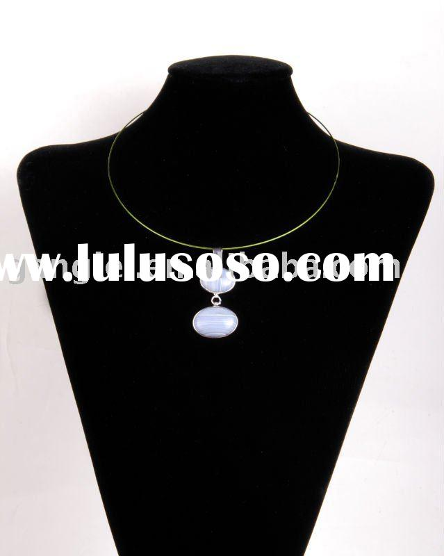 Synthetic Artificial Coral Stone Pendant Jewellery Necklace