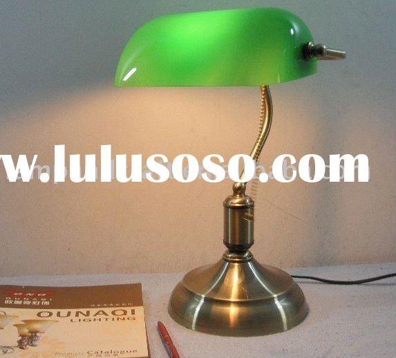 2011 Best Selling Classical Antique Office Desk Lamp MOQ10pcs Accepted For Office and Bank